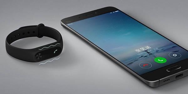 Xiaomi Mi Band 2 con aviso mediante vibración