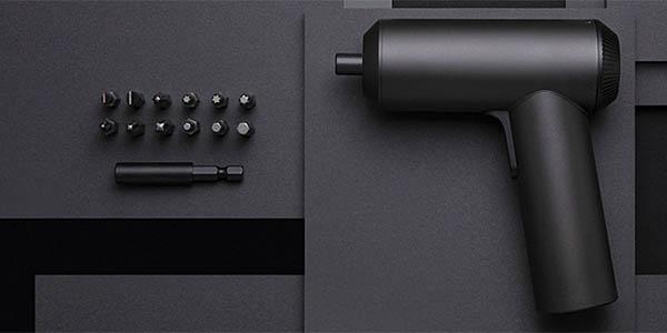 Destornillador eléctrico Xioami Mijia inalámbrico con estuche y 12 brocas en Gearbest