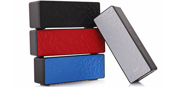 Altavoz bluetooth portátil en varios colores