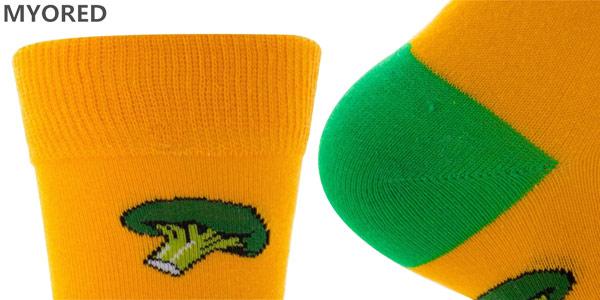Selección de calcetines altos con divertidos diseños chollazo en AliExpress