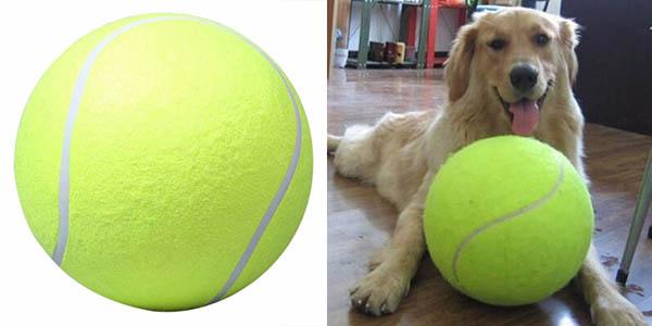Pelota de tenis gigante para perros