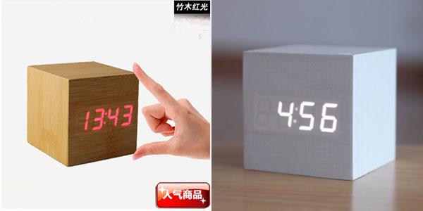Reloj LED de sobremesa con efecto madera barato